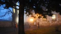 Mystik zur blauen Stunde auf dem Schlossberg
