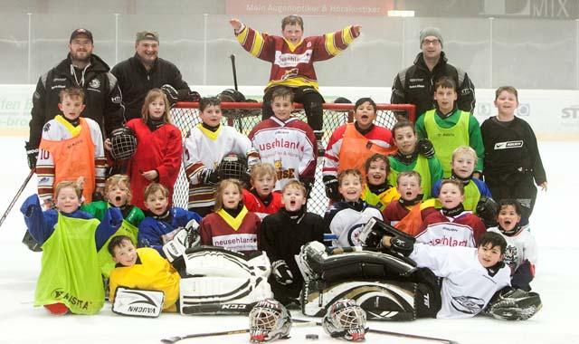 OL-EishockeyGruppe-1802-web