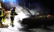 Glück gehabt: Die Feuerwehr konnte den Brand in dem Auto bei der A5 noch in der Entstehungsphase bekämpfen. Foto: privat