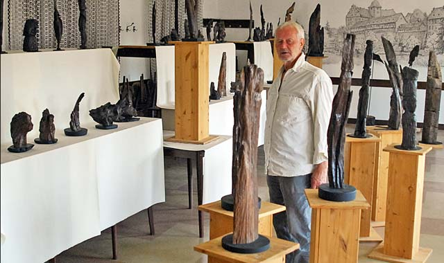 Der Mann Der Dem Holz Die Botschaft Entlockt Oberhessen Live