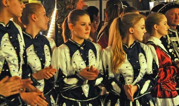 OL-KarnevalFeldatal4-1211