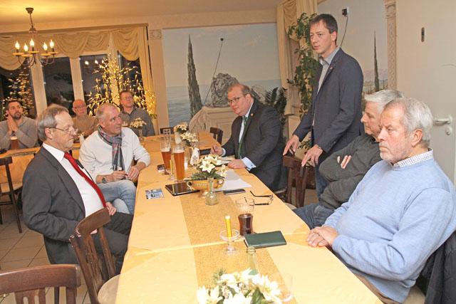 """Spricht zu de Runde in der Altenburger Pizzeria """"Al Vecchio Borgo"""": Alexander Heinz, Vorsitzende des CDU Stadtverbandes Alsfeld. Fotos: CDU"""