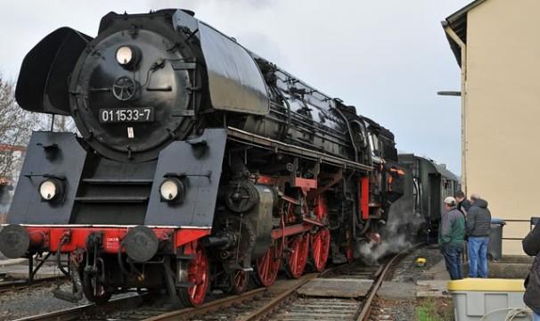 OL-Dampflok8-0512