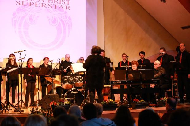 Die Jungen Vocalisten unter der musikalischen Leitung von Sabine Spahn.