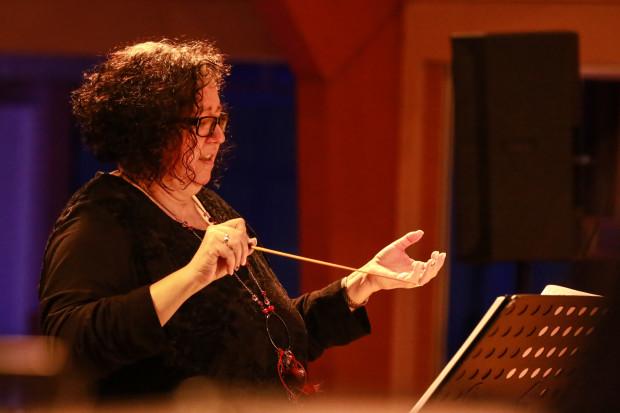 Die Alsfelderin Sabine Spahn hatte die musikalische Leitung der rund dreistündigen Musical-Night inne.