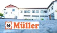 Der Einzug wird vorbereitet: Die Drogerie-Kette Müller wird in das ehemalige ALDI-Gebäude in der Schellengasse. Fotos: kiri