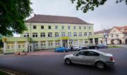 Verkauft an Torsten Schneider: Der Alsfelder Unternehmer will aus dem Postamt ein Bürokomplex für junge Firmen machen. Die Postbank bleibt allerdings erhalten. Foto: jal