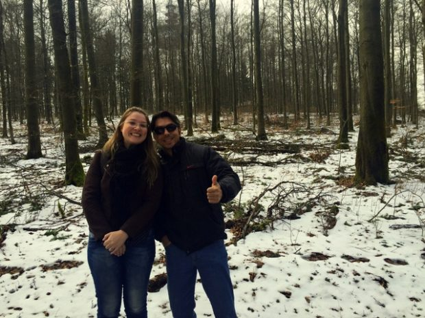 Leisle brachte ihren Mann und Famile mit auf den Hoherodskopf. Die Begeisterung war groß. Foto: Renata Fleck