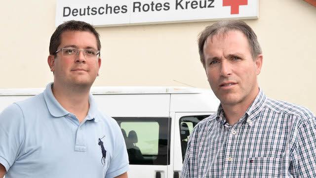 Werben um Verständnis: Im OL-Interview erklären DRK-Rettungsdienstleiter Sebastian Schrimpf und der Geschäftsführer der DRK-Arbeitsgemeinschaft, Ralf Dickel, warum Sanitäter nicht zu einem Einsatzort rennen. Fotos: jal