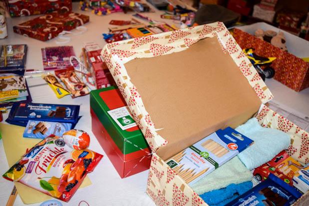 Schuhkarton Weihnachten.Weihnachten Im Schuhkarton Geschenke Der Hoffnung In Alsfeld