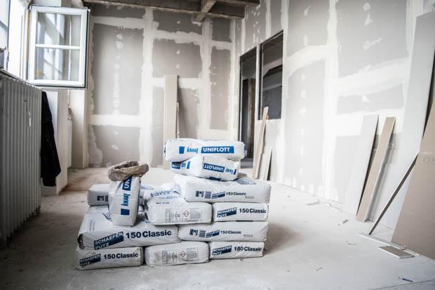Überall wird gebaut. Auch im Untergeschoss tut sich gerade einiges. Im Frühjahr nächsten Jahres soll dort ein Café entstehen.