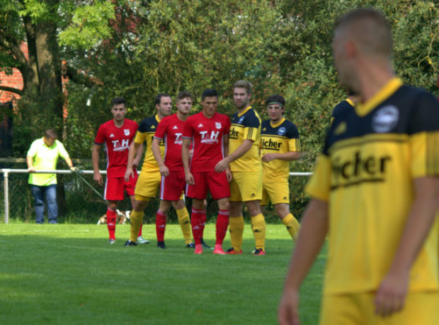 2017-08-27-Fussball-Hattendorf-Queckborn (8)