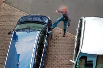 Bei der Tat gefilmt. Sven Blohme (Name geändert), wie er ein Auto demoliert. Screenshot: OL