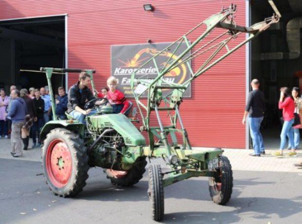 13-traktor