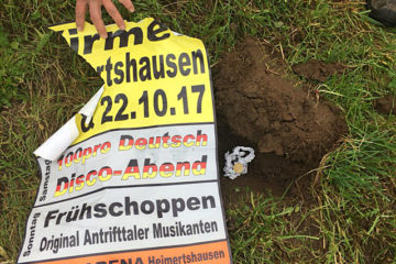 Die Kirmes wird begraben. Foto: Jugendgruppe Heimertshausen
