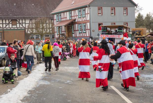 2018-02-13 Faschingsumzug Ehringshausen OL-8390
