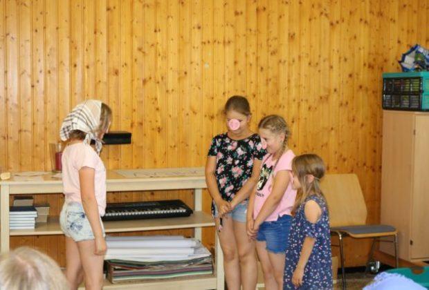 2018-07-06_Ferienspiele_Mitmachtheater (5-schweinschen)