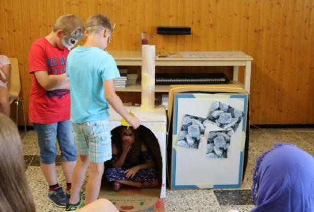 2018-07-06_Ferienspiele_Mitmachtheater (6-schweinchen)