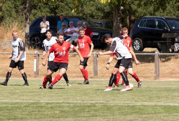 OL-Fußball-OhmesGegenLumda 2018-08-19 (14)