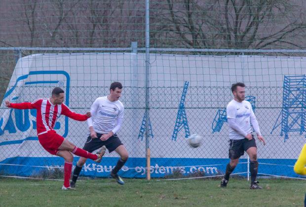 2018-11-25_Fussball_KOL_SGAES-KleinLinden-5