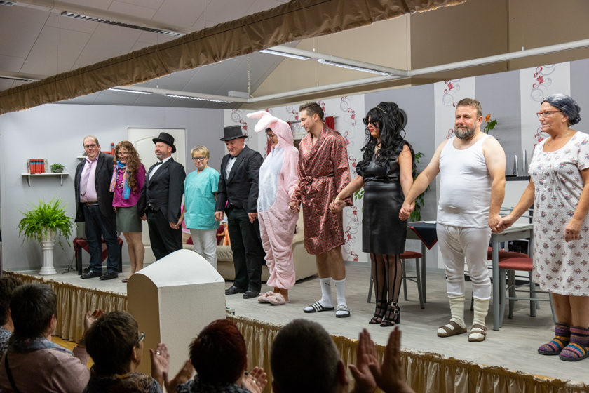 2019-11-09 Theater-NixGeldNixLiebe_Hopfmannsfeld-102