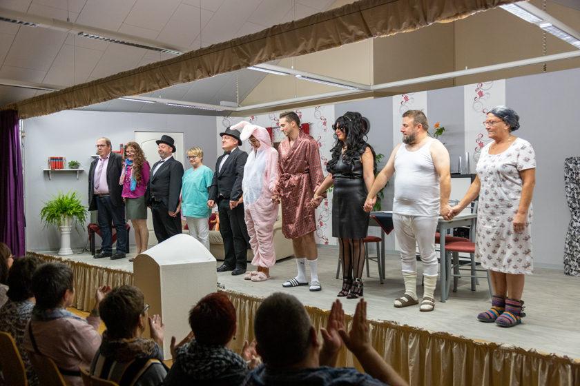 2019-11-09 Theater-NixGeldNixLiebe_Hopfmannsfeld-103