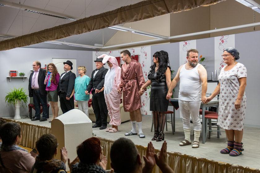 2019-11-09 Theater-NixGeldNixLiebe_Hopfmannsfeld-104