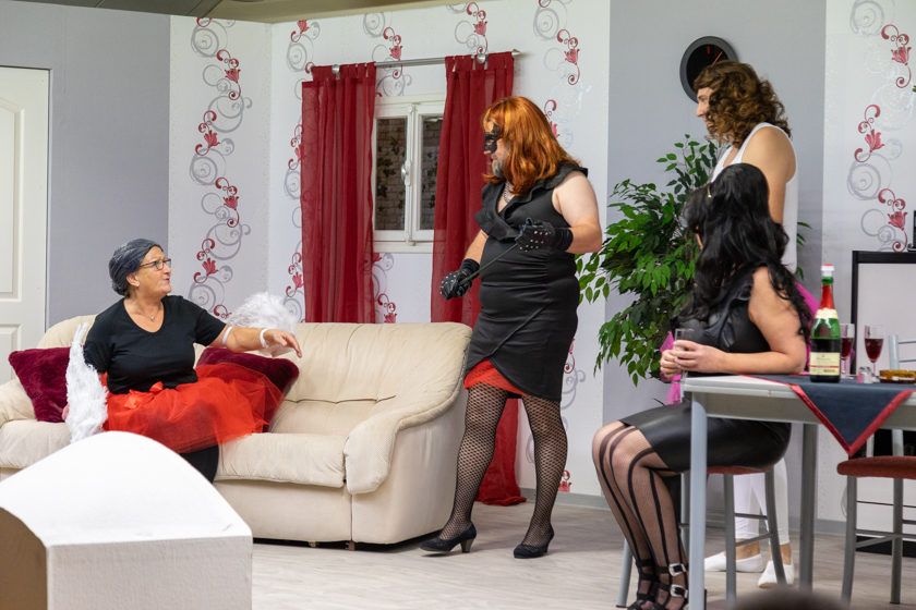 2019-11-09 Theater-NixGeldNixLiebe_Hopfmannsfeld-16