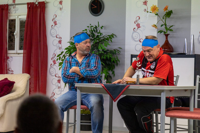 2019-11-09 Theater-NixGeldNixLiebe_Hopfmannsfeld-32