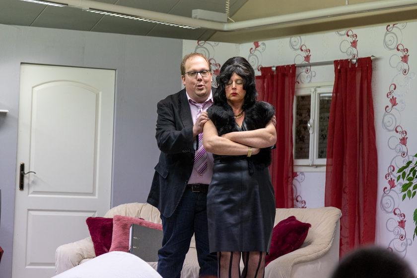 2019-11-09 Theater-NixGeldNixLiebe_Hopfmannsfeld-36
