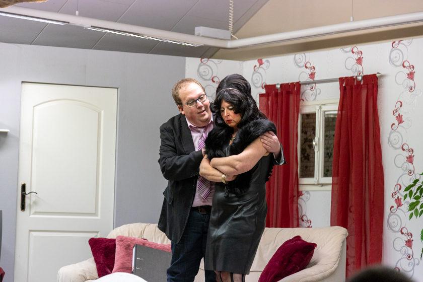 2019-11-09 Theater-NixGeldNixLiebe_Hopfmannsfeld-37