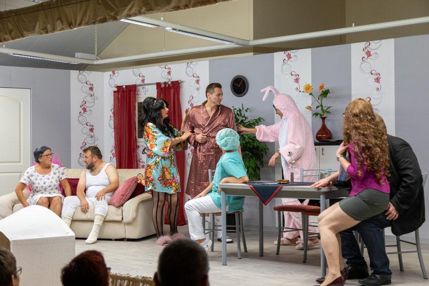 2019-11-09 Theater-NixGeldNixLiebe_Hopfmannsfeld-85