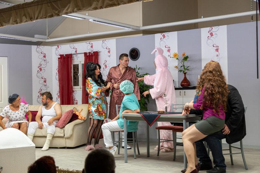 2019-11-09 Theater-NixGeldNixLiebe_Hopfmannsfeld-86