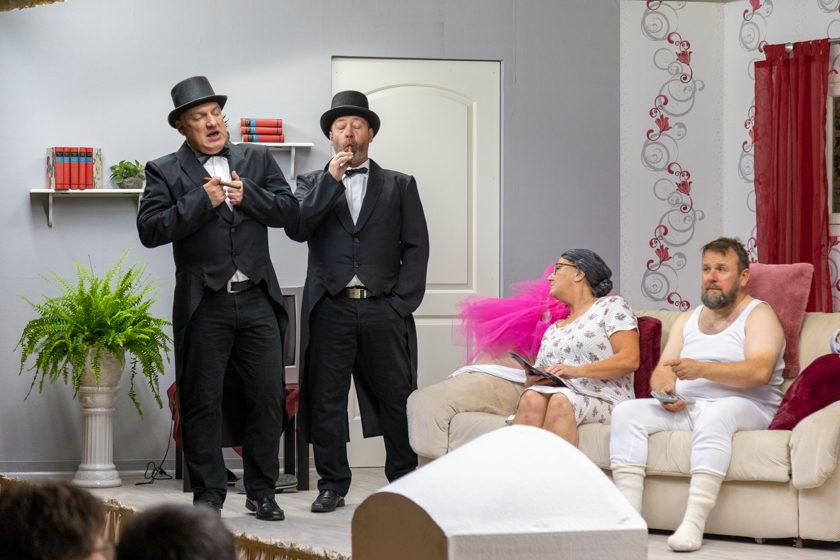 2019-11-09 Theater-NixGeldNixLiebe_Hopfmannsfeld-90