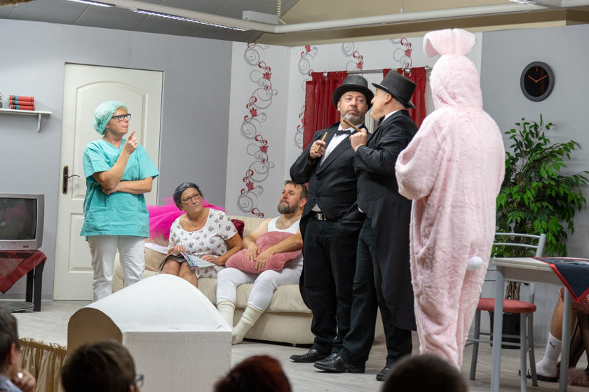 2019-11-09 Theater-NixGeldNixLiebe_Hopfmannsfeld-93