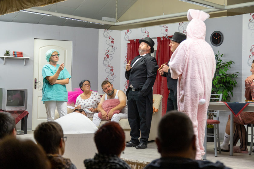 2019-11-09 Theater-NixGeldNixLiebe_Hopfmannsfeld-95