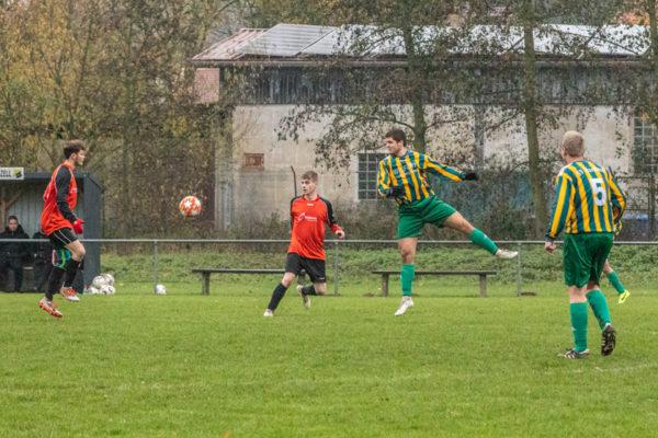 2019-11-17_Fußball_Romrod-Harbach-1