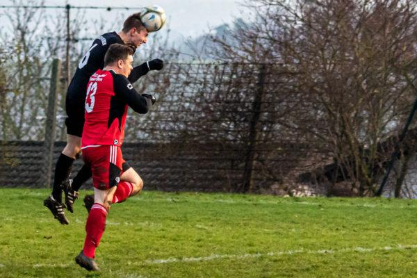 2019-11-24_Fussball_KLA_Ohmes-NdrOfleiden-8