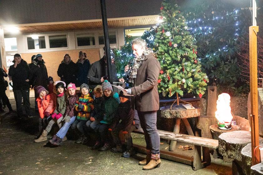 2019-12-05 Lebendiger Adventskalender Romrod (1 von 24)