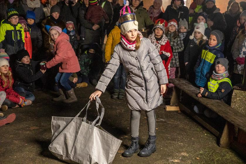 2019-12-05 Lebendiger Adventskalender Romrod (12 von 24)